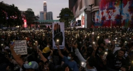 Thailand .. The largest political opposition party calls for the government to leave